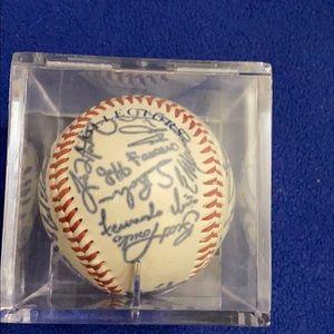 Autograph St. Louis Cardinals baseball